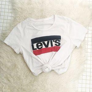 Vintage Levi's Logo Graphic Tee